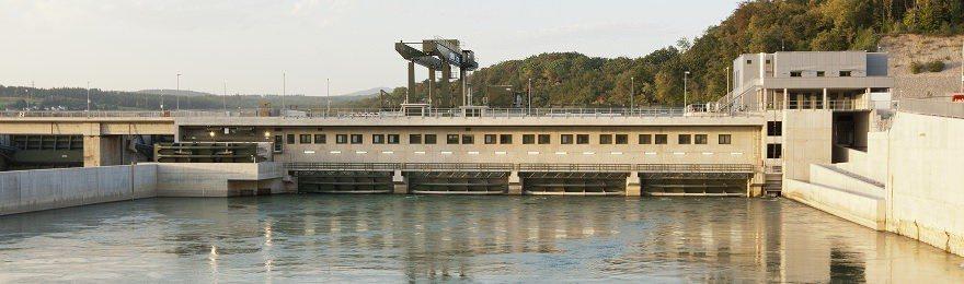 Prominenz im Wasserkraftwerk Rheinfelden