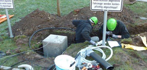 Azubis installieren Elektrotankstelle in Donaueschingen