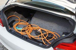BMW Active E auf der Suche nach Stromtankstellen
