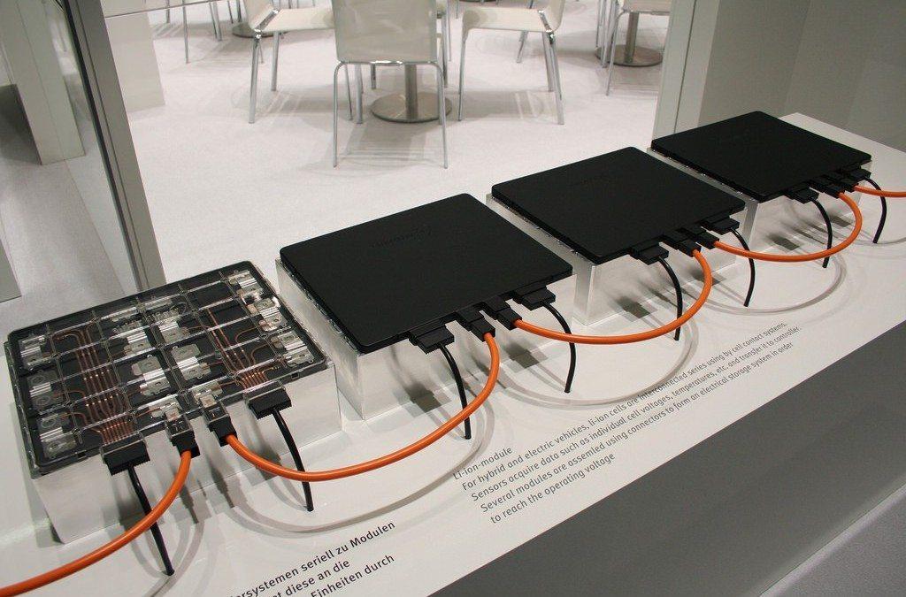 Elektroautos als Weltakku: Elektromobilität im Smart Grid