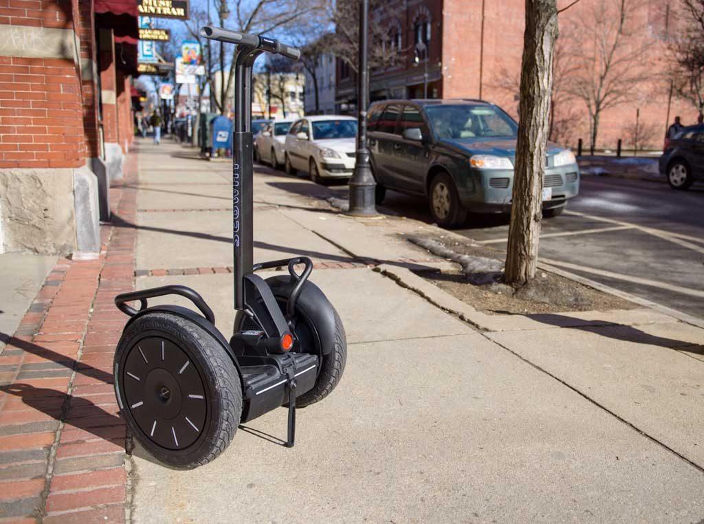 Elektro-Spaßmobil Segway i2 mit Straßenzulassung