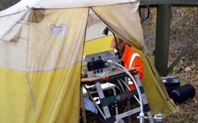 Ein Zelt, zwei Mann und viele Fasern