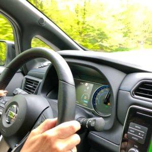 Fahrsituation mit mehr Dynamik im neuen Nissan Leaf