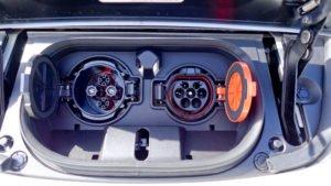 Lade-Anschlüsse Nissan Leaf