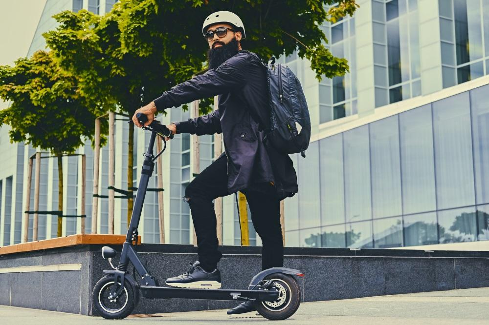 E-Scooter-Fahrer