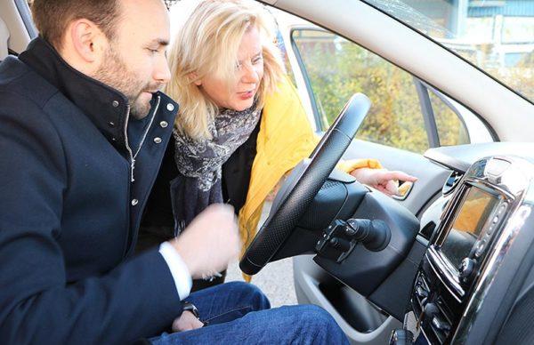 E-Mobilitätsexperte erklärt den Renault ZOE und die Förderung