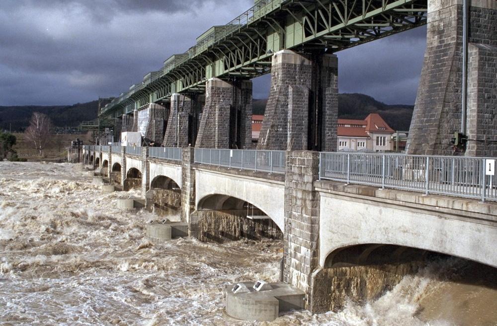 Durch den Klimawandel kommt es verstärkt zu Hochwassern im Rhein.