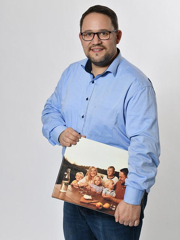 Roman Gayer engagiert sich als fünffacher Vater für die Region.