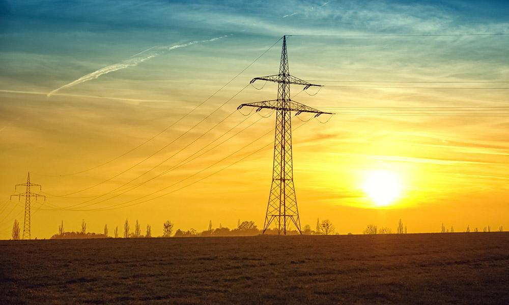 Viel Strom aus erneuerbarer Energie lieferten PV-Anlagen im guten Sommer 2018.