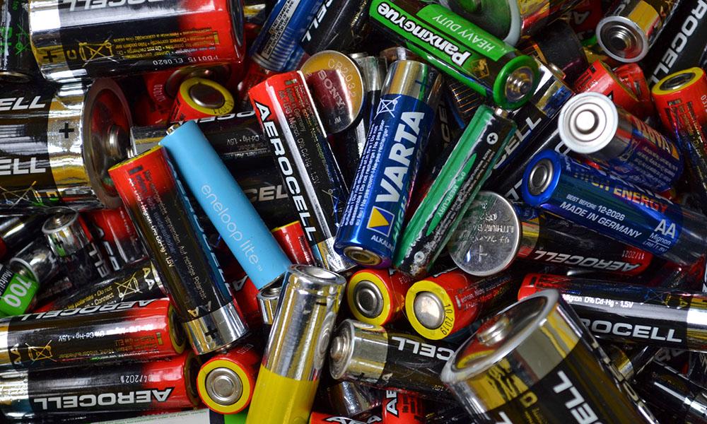 Altbatterien im Müll