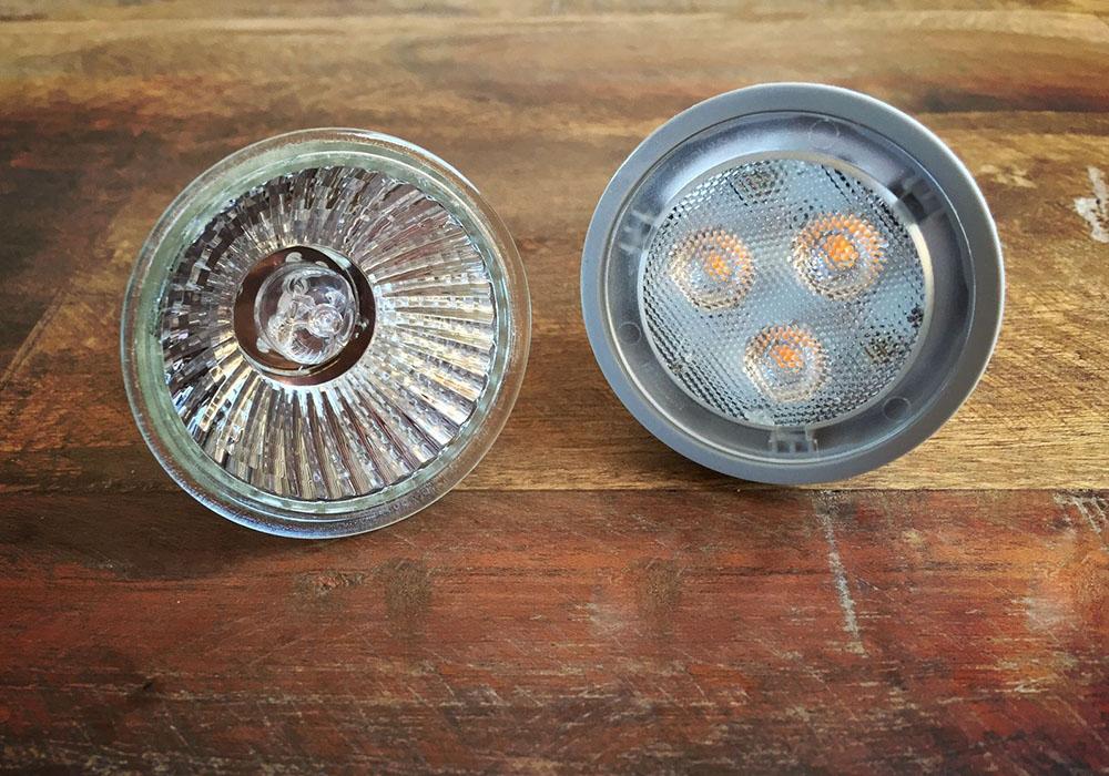 Vergleich Halgenleuchte LED