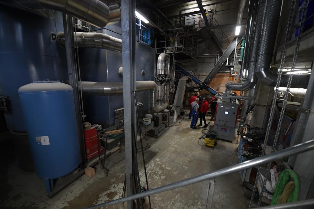 Inneres des Heizwerks der Holzwärme Müllheim